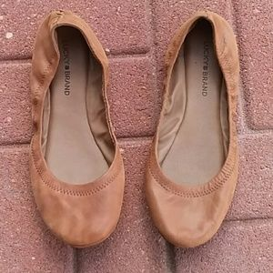 Lucky Brand tan leather flats size 10